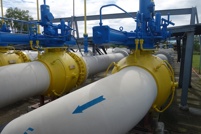 Reverse flow gas pipelines in Western Ukraine