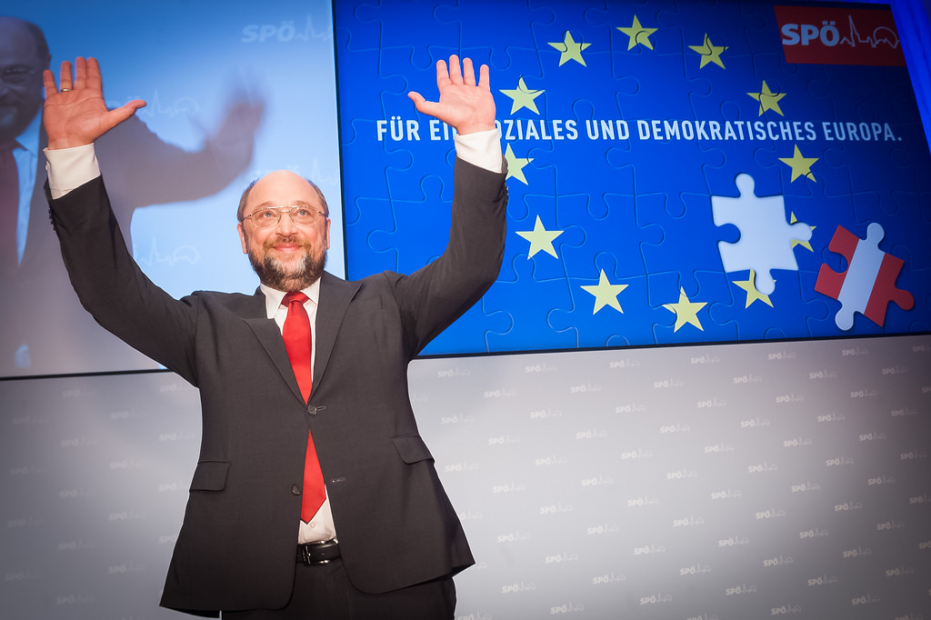 German social democrat Martin Schulz campaigns in Austria as top candidate for the European Socialists in the upcoming elections. Vienna, March 2014 [SPÖ Presse und Kommunikation/Flickr]