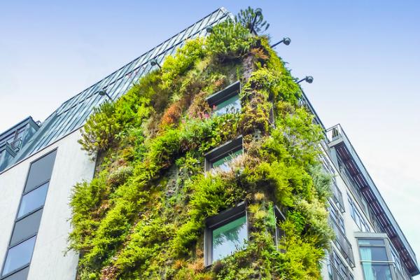 An ecologic building in London, UK. [Giancarlo Liguori/Shutterstock].