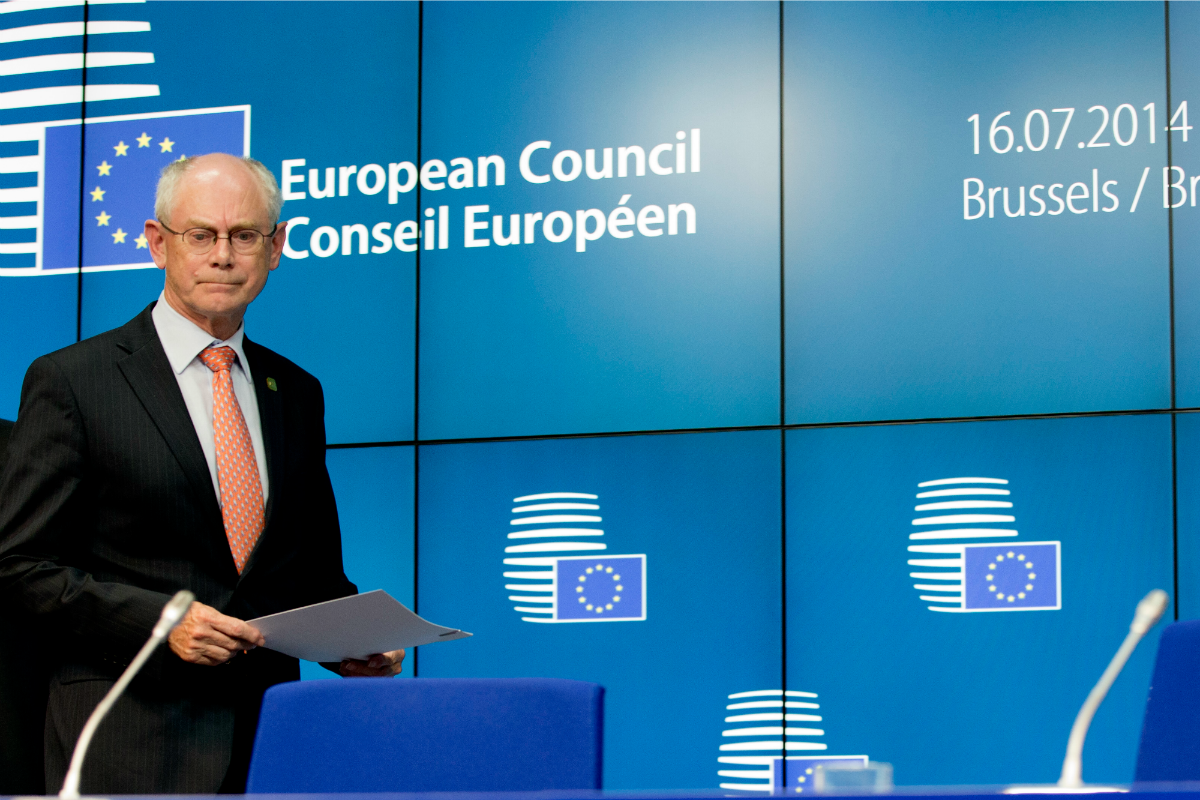 Herman Van Rompuy, President of the European Council, arrives at the press conference in Brussels, 16 July 2014 [Photo: The Council of the European Union]