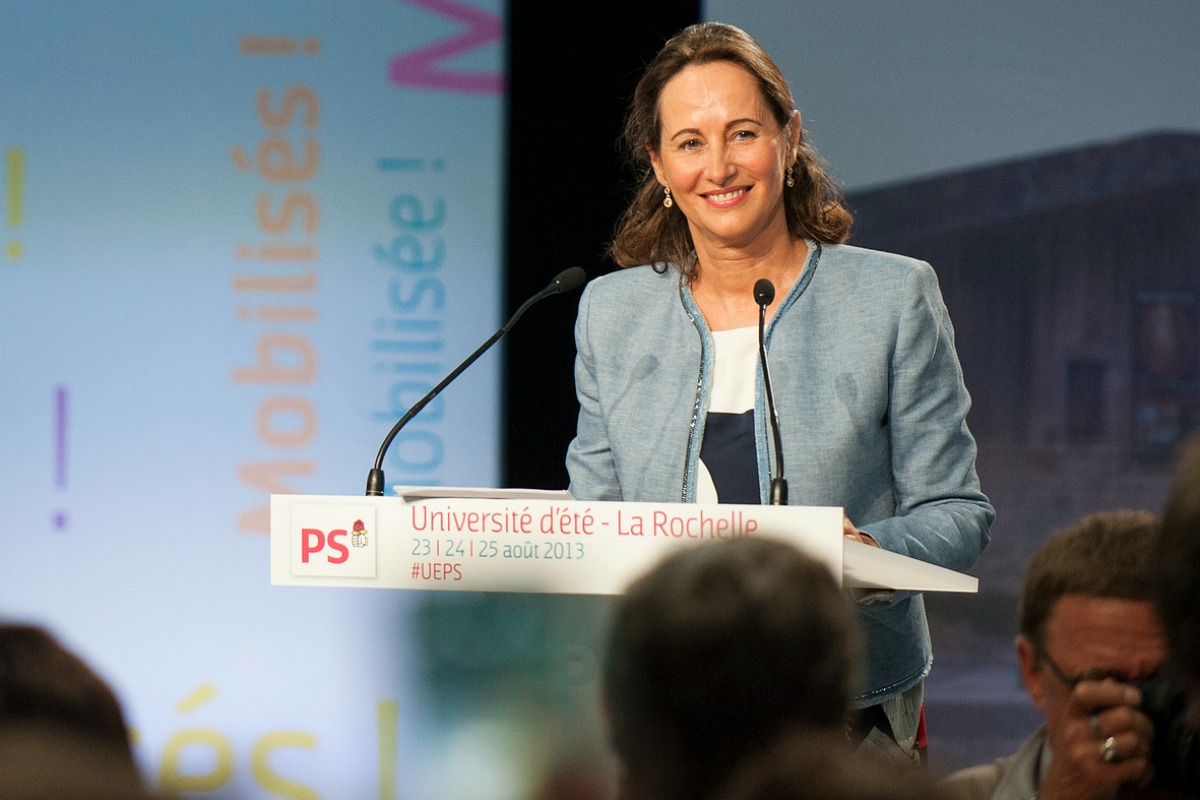 Ségolène Royal speaks at the 2013 summer university of the French Socialist Party [Photo: Parti Socialiste / Flickr]