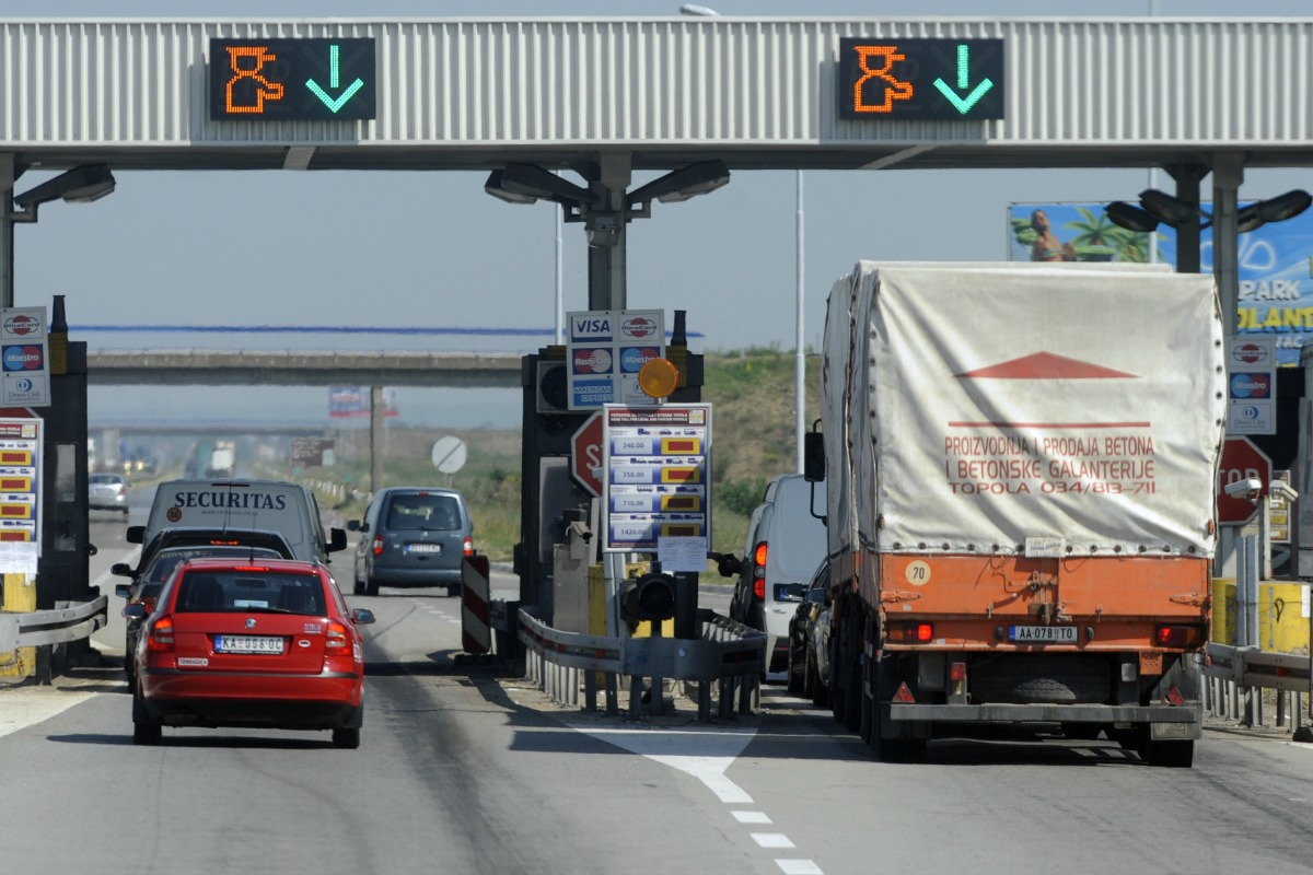 A road toll in Serbia [Photo: Shutterstock]