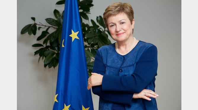 Kristalina Georgieva explains the 'belt of crisis' [photo Georgi Gotev]