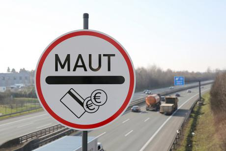 Berlin is well on its way to passing a controversial regulation introducing tolls on German highways starting in 2016.