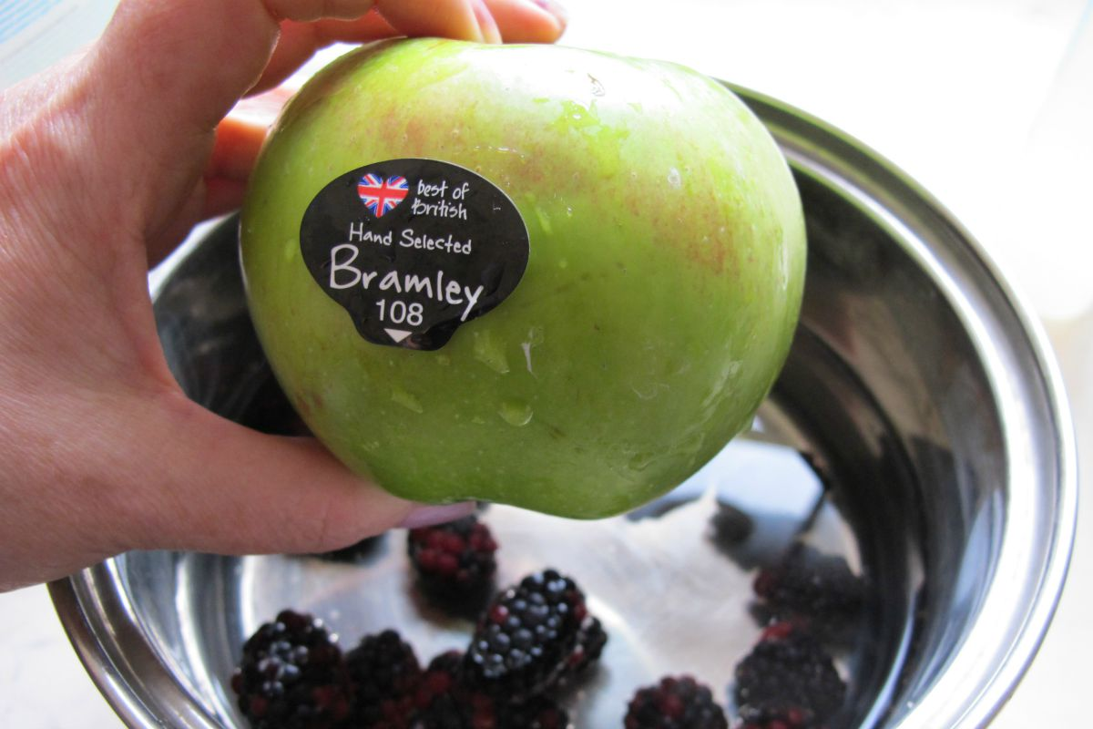 Bramley apple