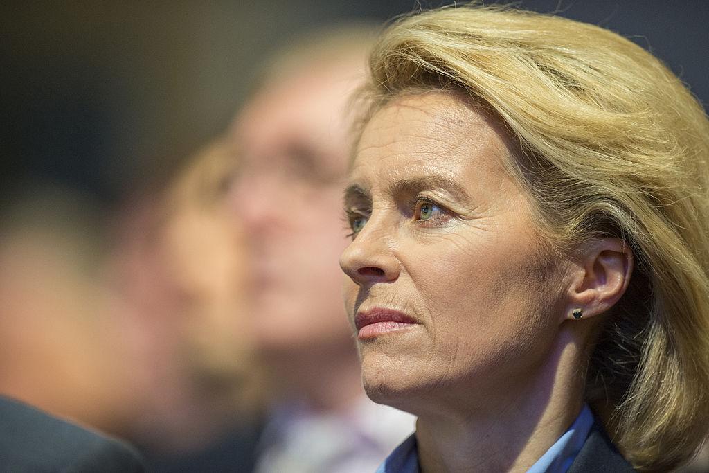 Ursula von der Leyen sieht tragfähige völkerrechtliche Basis für Deutschlands Militäreinsatz in Syrien.