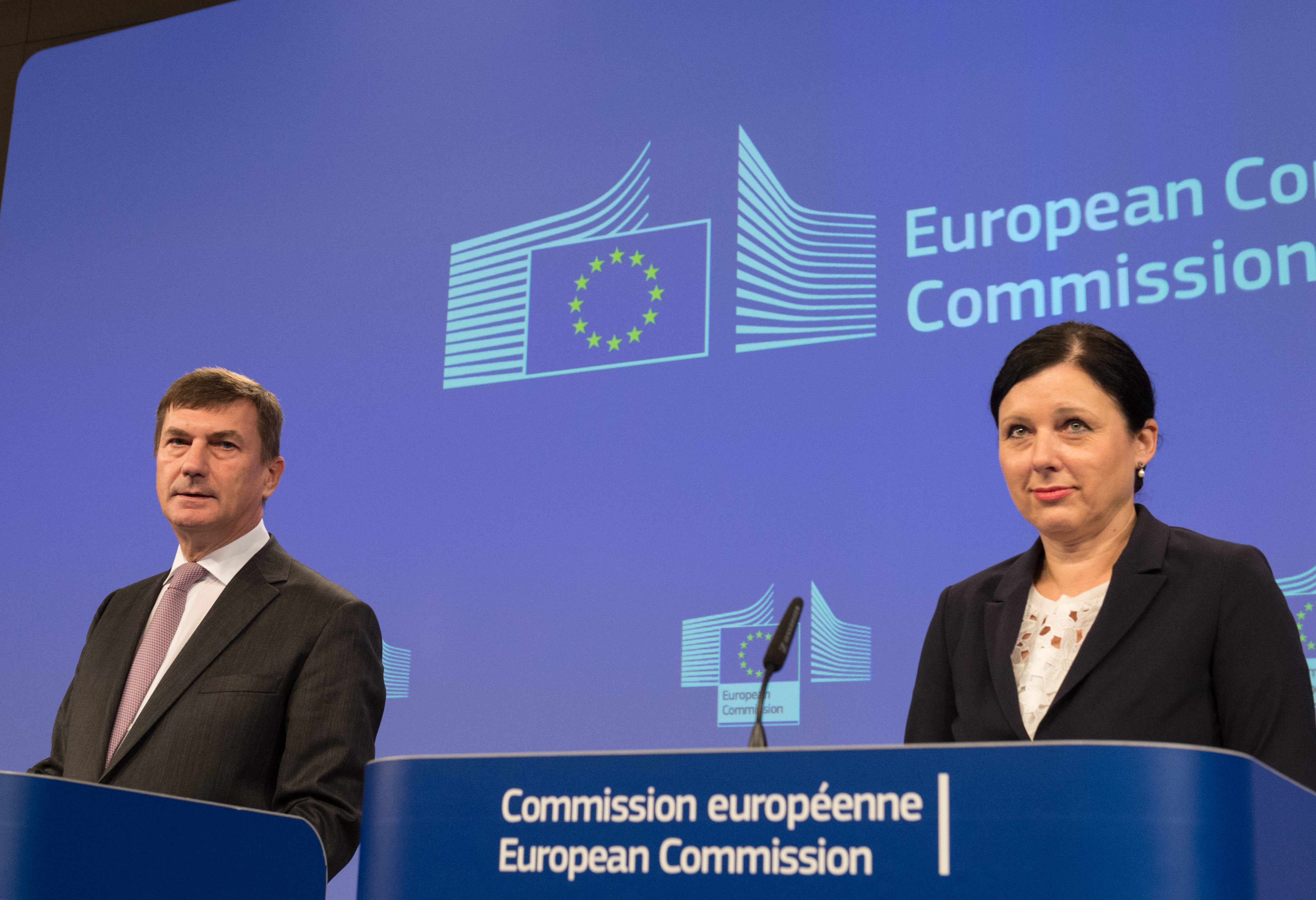 Commission Vice President Andrus Ansip and Justice Commissioner Vera Jourova