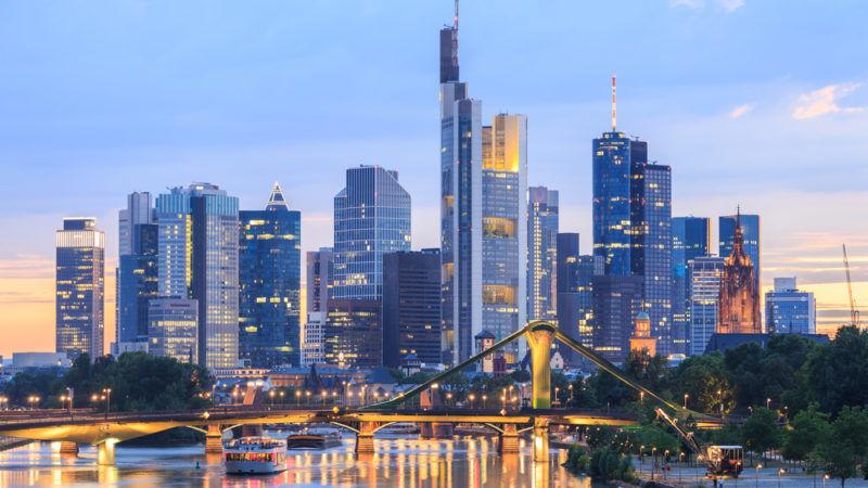 frankfurt s skyscraper jungle hopes to entice post brexit business. Black Bedroom Furniture Sets. Home Design Ideas