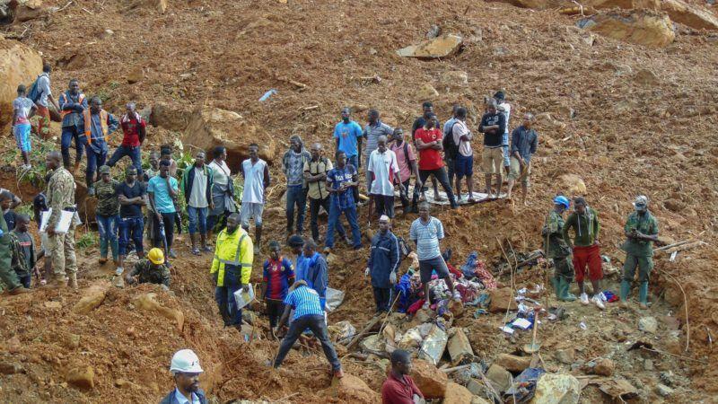 BBCI: Sierra Leone mudslide victims buried