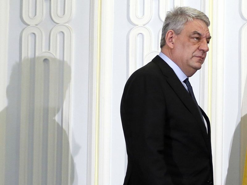 Romanian president discusses next PM with political parties